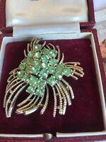 Vintage Modernist Gold  Tone Green Glass Stone brooch