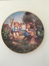 "Goebel M. I. Hummel ""Apple Tree Boy and Girl"" Plate #V87259 W. Germany 8 - 1/4"""