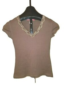 Cute Brown  Jrs. Zena Jeans Size Small Short Sleeve Lace Trim V neck Top