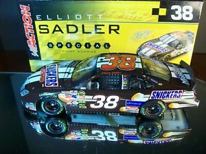 Elliott Sadler #38 Snickers 2006 Ford Fusion 1:24 M.A. 2,868 Made Robert Yates