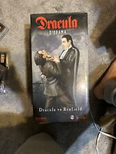 DRACULA vs RENFIELD POLYSTONE DIORAMA STATUE Universal Monsters Figure /500