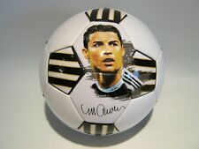 Cristiano Ronaldo Soccer Ball. Official Size and weight 5 / Pelota de futbol.
