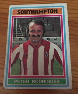 Topps 1970s BLUE BACK #306 - Southampton FC - Peter Rodrigues