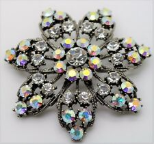 BEAUTIFUL VINTAGE  FLOWER STYLE CLEAR/CLEAR AB STONE BROOCH FASHION PIN 2