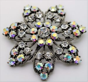 BEAUTIFUL VINTAGE  FLOWER STYLE CLEAR/CLEAR AB STONE BROOCH FASHION PIN 3