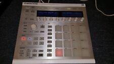Native Instruments Maschine MK2 Groove Production Studio, White - New Sealed