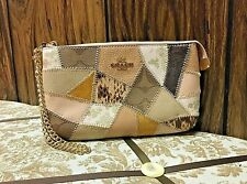 BN Coach LARGE CHAIN WRISTLET WITH PATCHWORK (COACH 91767) IM/CHALK MULTI