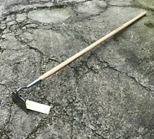 More details for kent & stowe stainless steel long handle draw hoe - garden, tool, pull