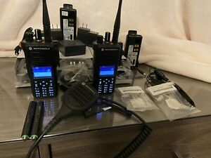 2 Motorola XPR7550 MOTOTRBO UHF Connect Plus & Many More Extras! AAH56RDN9KA1AN
