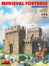 MIN72004 - Miniart 1:72 - Medieval Fortress