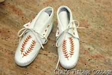 GUILMOX~Vintage Off  White Smooth Leather Beaded Indian MOCCASINS~Size 6