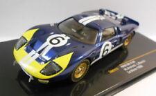 Voitures des 24 Heures du Mans miniatures bleus IXO