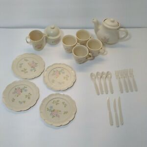 VTG Pfaltzgraff Tea Rose Chilton Toys 24 Piece Plastic Dishes Play-set Tea Set