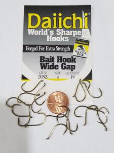 Daiichi Size 4  Wide Gap Bait Hook Pack of 19 x D19Z In-Fisherman Walleye Trail