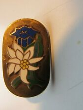 EDELWEISS MOUNTAIN FLOWER: ANTIQUE GERMAN FORESTRY AND HUNTING CLUB PIN