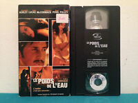 The weight of water / Le poids de l'eau  VHS tape & sleeve RENTAL  FRENCH