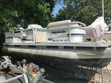 "1999 Godfrey Sweetwater ES20 20'8"" Pontoon"