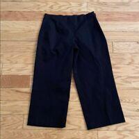 NWOT Nic + Zoe solid black Capri pants