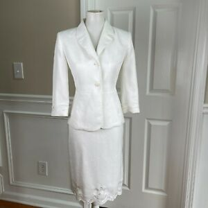 KASPER Women 2PC White Embroidered 3/4 Sleeves Polyester Skirt Suit Size 4P