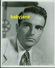 MONTGOMERY CLIFT VINTAGE 8X10 PHOTO 1953 PORTRAIT ALFRED HITCHCOCK'S I CONFESS