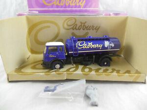 Corgi Classics 22601 Bedford TK Tanker Cadbury