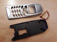 KOMPLETTE & NEUE Beschalung für Nokia 6310 und Nokia 6310i in silber !!!