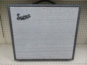 Supro 1696RT Black Magick Reverb - Guitar Amplifier Combo - 25 Watt