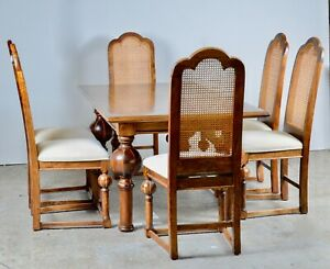 STUNNING WALNUT PARQUETRY INLAID DINING TABLE  AND SET OF 6 CHAIRS/ BULBOUS LEGS