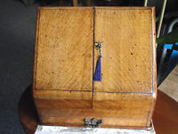 Large Practical Oak stationary box with harmony and strength for organising