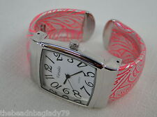 NEW FASHION VARSALES CUFF WATCH PINK FAUX LEATHER FLOWERS
