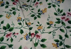 """LONGABERGER FABRIC IN RETIRED WHITE VINE PATTERN- 100"""" WIDE X 4.8 YARDS"""