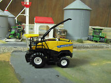 1/64 Ertl New Holland FR850 Self-Propelled Forage Harvester - No Heads Included