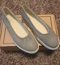LL Bean Green Canvas Slip On Shoes Flats Sz 9M