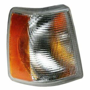 For 91-95 VV 940/ 92-94 960/ 90-92 740 (W/O FL) Signal Light Right Passenger