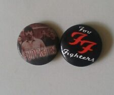 FOO FIGHTERS BUTTON BADGES. ROCK METAL. DAVE GROHL. NIRVANA. TAYLOR HAWKINS.