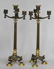 Paire de candélabres 4 lumières–Néoclassique–Bronze double patine–France, XIXe.