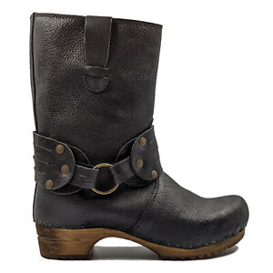 Sanita 'Mohawk' Danish Clog Boots in Black (Art:452203) - Wooden