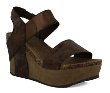 90c8aa189aaa Women s Synthetic Wedge Sandals and Flip Flops for sale