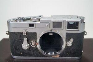 Vintage 1961 Leica M3 35mm Film Single Stroke Advance Camera s/n 1038051