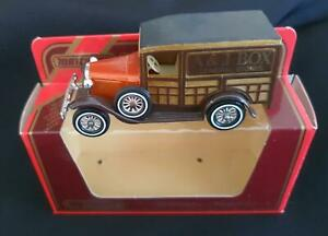 MATCHBOX MODELS of YESTERYEAR Y21 FORD MODEL A LESNEY in WRONG Y7 MERCEDES BOX