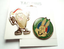 2 PCS - VINTAGE CHRISTMAS LOONEY TUNES BUGS BUNNY and TAZ TAC PINS - bbt