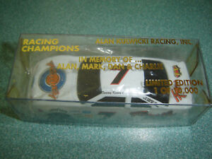 Racing Champions 1993 IN MEMORY OF Alan Kulwicki #7 FAMILY Tommy Kendall 1/64
