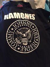Vintage Ramones Deedee Tommy Johnny Joey 100% Cotton Black Color T Shirt. Size L