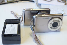 Casio EXILIM EX-S770 7.2MP Digital Camera lot of 2 w/ battery & charger
