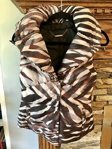 Elie Tahari Puffer Vest Abstract Animal Print XS Rain Hood Warm EUC