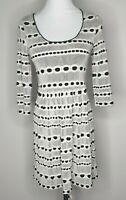 Review White Black Skater Cut Out Dress / Size 10