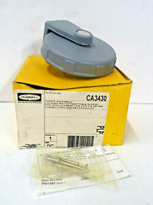 HUBBELL CA3430 *NEW* COVER ASSEMBLY LOCKING WATERTIGHT PIN & SLEEVE (17C2)