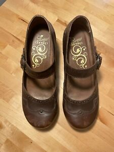 Dansko Nevin Mary Jane Scallop & Studded Brown Leather Clog Size 39 (US 8.5-9)
