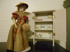 VINTAGE WOOD BATHING HUTCH for ANTIQUE FRENCH FASHION ALL BISQUE MIGNONETTE DOLL
