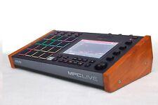 ❗ AKAI MPC Live soporte de madera (colores diferentes)